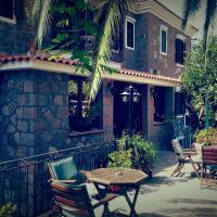 Hotel Adonis, hotel in Mythimna