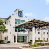 Motel 6-Brampton, ON - Toronto