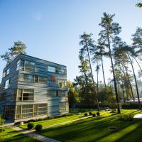 Stockholm Studios guest house, hotel in Irpin