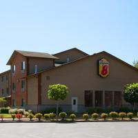 Super 8 by Wyndham Kelso Longview Area, hotel in Kelso