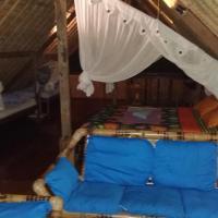 Topi inn, hotel in Padangbai