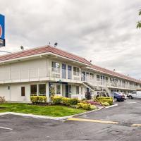 Motel 6-Everett, WA - South, hotel near Snohomish County Airport - PAE, Wintermutes Corner