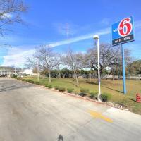 Motel 6-Kerrville, TX, hotel in Kerrville