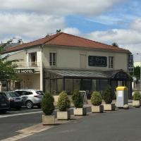 Hôtel Le Cerizay、Cerizayのホテル