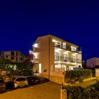 Apartments Proto, hotel in Primošten