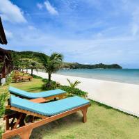 PingChan Koh Phangan Beachfront Resort, hotel in Thong Nai Pan Yai