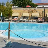Camping Village Torre Pendente, hotell i Pisa
