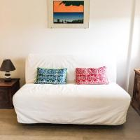 Lovely Central Apartment, hotell i Talamone