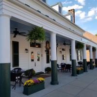 Washington Inn & Tavern