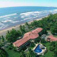Hotel Delfin Playa Bejuco, hotel en Esterillos Este