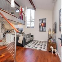 Luxury Executive Apartment, hotel in Perth