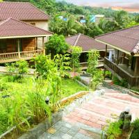 Golden Bungalows, hotel in Koh Rong Island