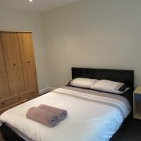 No 2 - LARGE 1 BED NEAR SEFTON PARK AND LARK LANE