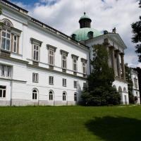 Hotel Zámok Topoľčianky, hotel in Topoľčianky