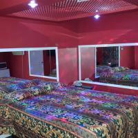 Sharns Motel, hotel u gradu 'Worth'