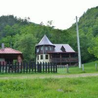 Chalet Paraul Casei, hotel in Mărişel