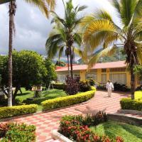 Finca Hotel Villa Cristina, hotel in La Mesa