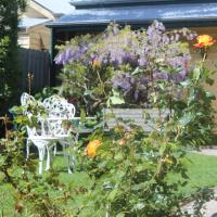 Benambra Bed & Breakfast, hotel in Queenscliff