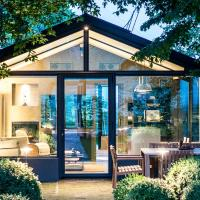 Glass House & SPA - DCA Certified -, hotell i Terruggia