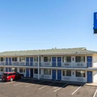 Motel 6-Reno, NV - West, hotel in Reno