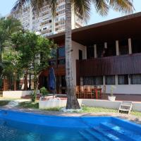 Chinese Villa Resort, отель в Мапуту
