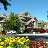 Cherry Tree Inn and Suites, hotel in Traverse City