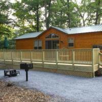 Lakeland RV Campground Cottage 17, hotel in Edgerton