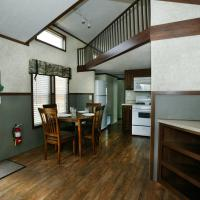 Arrowhead Camping Resort Cottage 11