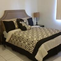 Beautiful 2 bedroom 1 bath, hotel in Tamuning