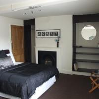 The Forest Lodge, hotel in Edwinstowe