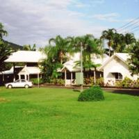 Tully Motel, hotel di Tully
