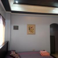 Vhauschild Transient Rooms, hotel in Alaminos