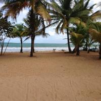 Beach Front Apartment Rio Mar Puerto Rico, hotel in Rio Grande