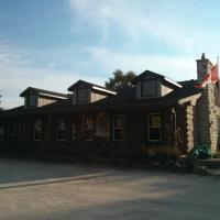 The Spirit Rock Outpost & Lodge, hotel em Wiarton