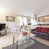 Roomspace Serviced Apartments - Central Walk, hotel in Epsom