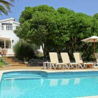 Peaceful Villa in Alaior with Private Pool