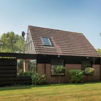 Beautiful Holiday Home in Noordwijkerhout amid the Forest