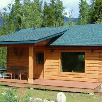 Mica Mountain Lodge & Log Cabins, hotel em Tete Jaune Cache