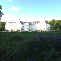 Islay House, hotel in Bridgend