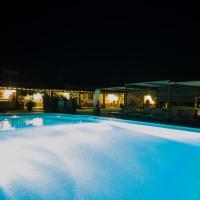 Monte Chalaça - Turismo Rural, hotel in Ferreira do Alentejo