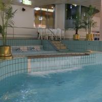 Resort Capsule Sakuragicho, hotel in Sakuragicho, Yokohama