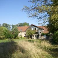 Modern Holiday Home in Niderviller France with Jacuzzi, hotel in Niderviller