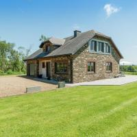 Cozy Holiday Home in Waimes with Private Garden, hotel in Waimes