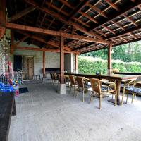 Cosy Holiday Home in Lierneux with a Large Garden, hotel in Lierneux