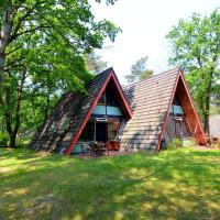 Secluded Holiday Home in Limburg with a Terrace, hotel in Stramproy