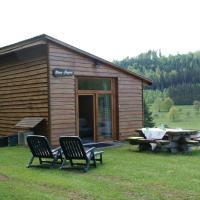 Cozy Holiday Home in Walscheid Lotharingen with Garden, hotel in Walscheid
