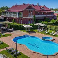 Alzburg Resort, hotel in Mansfield