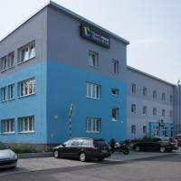 Sport hotel Sletiště, hotel in Kladno