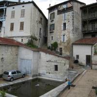Faubourg St Jean, hotel in Aubeterre-sur-Dronne