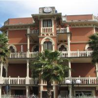 "Hotel Doria </h2 </a <div class=sr-card__item sr-card__item--badges <div class= sr-card__badge sr-card__badge--class u-margin:0  data-ga-track=click data-ga-category=SR Card Click data-ga-action=Hotel rating data-ga-label=book_window: 10 day(s)  <span class=c-accommodation-classification-rating <span class=c-accommodation-classification-rating__badge c-accommodation-classification-rating__badge--stars   <span class=bui-rating bui-rating--smaller role=img aria-label=1 out of 5 <span aria-hidden=true class=bui-icon bui-rating__item bui-icon--medium role=presentation <svg xmlns=http://www.w3.org/2000/svg viewBox=0 0 24 24 focusable=false aria-hidden=true role=img <path d=M23.555,8.729a1.505,1.505,0,0,0-1.406-.98H16.062a.5.5,0,0,1-.472-.334L13.405,1.222a1.5,1.5,0,0,0-2.81,0l-.005.016L8.41,7.415a.5.5,0,0,1-.471.334H1.85A1.5,1.5,0,0,0,.887,10.4l5.184,4.3a.5.5,0,0,1,.155.543L4.048,21.774a1.5,1.5,0,0,0,2.31,1.684l5.346-3.92a.5.5,0,0,1,.591,0l5.344,3.919a1.5,1.5,0,0,0,2.312-1.683l-2.178-6.535a.5.5,0,0,1,.155-.543l5.194-4.306A1.5,1.5,0,0,0,23.555,8.729Z</path </svg </span </span </span </span </div   <div class=sr-card__item__review-score style=padding: 8px 0  <div class=bui-review-score c-score bui-review-score--inline bui-review-score--smaller <div class=bui-review-score__badge aria-label=Punteggio di 5,6 5,6 </div <div class=bui-review-score__content <div class=bui-review-score__title OK </div <div class=bui-review-score__text 684 recensioni </div </div </div   </div </div <span data-et-view=HZUGOQQBSXVVFEfVafFRWe:1 HZUGOQQBSXVVFEfVafFRWe:8</span <span data-et-view=NAFLeOeJOMOQeOESJMWSFEDacWXT:1</span <div class=sr-card__item   data-ga-track=click data-ga-category=SR Card Click data-ga-action=Hotel location data-ga-label=book_window: 10 day(s)  <svg aria-hidden=true class=bk-icon -streamline-geo_pin sr_svg__card_icon focusable=false height=12 role=presentation width=12<use xlink:href=#icon-streamline-geo_pin</use</svg <div class= sr-card__item__content   , Chiavari • a   da Genova centro storico </div </div <span data-et-view=OLWQREDRETJUTGCdNJBcSTKe:1 OLWQREDRETJUTGCdNJBcSTKe:3</span <span data-et-view=ZVYSFXcLfOFfOBJOTXNAJbaOQQBC:1</span </div <div class= sr-card__price sr-card__price--urgency m_sr_card__price_with_unit_name sr-card-color-constructive-dark   <div class=m_sr_card__price_unit_name m_sr_card__price_small m_sr_card__price_unit_name-bold  data-et-view=HZUGOQQBSXVVFEfVafFRWe:1 Camera Matrimoniale/Doppia con Letti Singoli con Bagno in Comune  </div <div class=mpc-wrapper bui-price-display mpc-sr-default-assembly-wrapper <div class=mpc-ltr-right-align-helper sr_price_wrap <div class=prco-js-headline-price mpc-inline-block-maker-helper bui-price-display__value mpc-color_dark-green-helper TL 268 </div </div <div class=mpc-ltr-right-align-helper <div class=prd-taxes-and-fees-under-price mpc-inline-block-maker-helper blockuid- data-cur-stage=2 data-excl-charges-raw=17.9298001705841  + TL 18 di tasse e costi </div </div </div <p class=urgency_price   <span class=sr_simple_card_price_from sr_simple_card_price_includes--text data-ga-track=click data-ga-category=SR Card Click data-ga-action=Hotel price persuasion data-ga-label=book_window: 10 day(s)  <span class=u-font-weight-bold Ne resta solo 1 così sul nostro sito </span </span </p <div class=  m_sr_card_policies bui-f-color-constructive m_sr_card_policies_strong    </div </div </div </div </li <li id=hotel_2560682 data-is-in-favourites=0 data-hotel-id='2560682' class=sr-card sr-card--arrow bui-card bui-u-bleed@small js-sr-card m_sr_info_icons card-halved card-halved--active   <div data-href=/hotel/it/albergo-delfino.it.html?label=gen173nr-1FCAQoggJCCmRpc3RyaWN0X1hIFFgEaOQBiAEBmAEUuAEYyAEF2AEB6AEB-AEDiAIBqAIEuAKvyqj7BcACAdICJDUzY2UwYWU1LWE2ZTEtNDIyMi05ZmY5LWMxMTVlYmY5MzRhN9gCBeACAQ&sid=8ea349934a81bdb3f9cd502a0e6c8c23&all_sr_blocks=256068207_159759787_2_1_0&checkin=2020-10-02&checkout=2020-10-03&dest_type=district&group_adults=2&group_children=0&hapos=2&highlighted_blocks=256068207_159759787_2_1_0&hpos=2&nflt=pri%3D&no_rooms=1&sr_order=price&sr_pri_blocks=256068207_159759787_2_1_0__3400&srepoch=1600791856&srpvid=1f557357995a01d6&ucfs=1&matching_block_id=256068207_159759787_2_1_0&has_campaign_deals_traveloffer20_customer_label=1&srhp=1&ref_is_wl=1 onclick=window.open(this.getAttribute('data-href')); target=_blank class=sr-card__row bui-card__content data-et-click= data-et-view=  <div class=sr-card__image js-sr_simple_card_hotel_image has-debolded-deal js-lazy-image sr-card__image--lazy data-src=https://cf.bstatic.com/xdata/images/hotel/square200/156149212.jpg?k=e593c33a3fea44e891048d9f718e0711103c5d75229a2d9650cf2f13af740b8f&o=&s=1,https://cf.bstatic.com/xdata/images/hotel/max1024x768/156149212.jpg?k=6ba75b74d52fef53c4b97406e55cbefdc21e452172eb66fc3290929d6c8d15b2&o=&s=1  <div class=sr-card__image-inner css-loading-hidden </div <noscript <div class=sr-card__image--nojs style=background-image: url('https://cf.bstatic.com/xdata/images/hotel/square200/156149212.jpg?k=e593c33a3fea44e891048d9f718e0711103c5d75229a2d9650cf2f13af740b8f&o=&s=1')</div </noscript </div <div class=sr-card__details data-et-click=  <div class=sr-card_details__inner <a href=/hotel/it/albergo-delfino.it.html?label=gen173nr-1FCAQoggJCCmRpc3RyaWN0X1hIFFgEaOQBiAEBmAEUuAEYyAEF2AEB6AEB-AEDiAIBqAIEuAKvyqj7BcACAdICJDUzY2UwYWU1LWE2ZTEtNDIyMi05ZmY5LWMxMTVlYmY5MzRhN9gCBeACAQ&sid=8ea349934a81bdb3f9cd502a0e6c8c23&all_sr_blocks=256068207_159759787_2_1_0&checkin=2020-10-02&checkout=2020-10-03&dest_type=district&group_adults=2&group_children=0&hapos=2&highlighted_blocks=256068207_159759787_2_1_0&hpos=2&nflt=pri%3D&no_rooms=1&sr_order=price&sr_pri_blocks=256068207_159759787_2_1_0__3400&srepoch=1600791856&srpvid=1f557357995a01d6&ucfs=1&matching_block_id=256068207_159759787_2_1_0&has_campaign_deals_traveloffer20_customer_label=1&srhp=1&ref_is_wl=1 onclick=event.stopPropagation(); target=_blank <h2 class=sr-card__name u-margin:0 u-padding:0 data-ga-track=click data-ga-category=SR Card Click data-ga-action=Hotel name data-ga-label=book_window: 10 day(s)  Albergo Delfino </h2 </a <div class=sr-card__item sr-card__item--badges <div class= sr-card__badge sr-card__badge--class u-margin:0  data-ga-track=click data-ga-category=SR Card Click data-ga-action=Hotel rating data-ga-label=book_window: 10 day(s)  <span class=c-accommodation-classification-rating <span class=c-accommodation-classification-rating__badge c-accommodation-classification-rating__badge--stars   <span class=bui-rating bui-rating--smaller role=img aria-label=1 out of 5 <span aria-hidden=true class=bui-icon bui-rating__item bui-icon--medium role=presentation <svg xmlns=http://www.w3.org/2000/svg viewBox=0 0 24 24 focusable=false aria-hidden=true role=img <path d=M23.555,8.729a1.505,1.505,0,0,0-1.406-.98H16.062a.5.5,0,0,1-.472-.334L13.405,1.222a1.5,1.5,0,0,0-2.81,0l-.005.016L8.41,7.415a.5.5,0,0,1-.471.334H1.85A1.5,1.5,0,0,0,.887,10.4l5.184,4.3a.5.5,0,0,1,.155.543L4.048,21.774a1.5,1.5,0,0,0,2.31,1.684l5.346-3.92a.5.5,0,0,1,.591,0l5.344,3.919a1.5,1.5,0,0,0,2.312-1.683l-2.178-6.535a.5.5,0,0,1,.155-.543l5.194-4.306A1.5,1.5,0,0,0,23.555,8.729Z</path </svg </span </span </span </span </div   <div class=sr-card__item__review-score style=padding: 8px 0  <div class=bui-review-score c-score bui-review-score--inline bui-review-score--smaller <div class=bui-review-score__badge aria-label=Punteggio di 6,8 6,8 </div <div class=bui-review-score__content <div class=bui-review-score__title Carino </div <div class=bui-review-score__text 180 recensioni </div </div </div   </div </div <span data-et-view=HZUGOQQBSXVVFEfVafFRWe:1 HZUGOQQBSXVVFEfVafFRWe:8</span <span data-et-view=NAFLeOeJOMOQeOESJMWSFEDacWXT:1</span <div class=sr-card__item   data-ga-track=click data-ga-category=SR Card Click data-ga-action=Hotel location data-ga-label=book_window: 10 day(s)  <svg aria-hidden=true class=bk-icon -streamline-geo_pin sr_svg__card_icon focusable=false height=12 role=presentation width=12<use xlink:href=#icon-streamline-geo_pin</use</svg <div class= sr-card__item__content   , Palo • a   da Genova centro storico </div </div <span data-et-view=OLWQREDRETJUTGCdNJBcSTKe:1 OLWQREDRETJUTGCdNJBcSTKe:3</span </div <div data-component=deals-container data-deals=[{""b_raw_value_user_currency_rounded"":54.0,""b_copy_alt"":""Il prezzo che vedi \u00e8 scontato perch\u00e9 la struttura ha creato un'offerta."",""b_type"":""Sales Campaigns"",""b_raw_value_user_currency"":53.6101025100465,""b_value_user_currency"":""TL\u00a053,61"",""b_value_user_currency_rounded"":""TL\u00a054"",""b_copy"":""Offerta di Viaggio""}] data-deals-other=[{""b_copy_alt"":""Questa struttura offre uno sconto di almeno il 15% su alcune tariffe prenotate tra il 10 marzo 2020 e il 4 gennaio 2021, per soggiorni dal 1\u00b0 giugno 2020 al 4 gennaio 2021."",""b_type"":""Getaway 2020"",""b_copy"":""Offerta di Viaggio""}] data-layout=horizontal data-max-elements=3 data-no-tooltips=1 data-use-drawer= data-prevent-propagation=0 class=c-deals-container   <div class=c-deals-container__inner-box    <div class=c-deals-container__badge-box c-deals-container__badge-box_inline <span tabindex=0  <span class=bui-badge bui-badge--callout data-bui-component=Badge <span class=bui-badge__textOfferta di Viaggio</span </span </span </div </div </div <div class= sr-card__price m_sr_card__price_with_unit_name sr-card-color-constructive-dark   <div class=m_sr_card__price_unit_name m_sr_card__price_small m_sr_card__price_unit_name-bold  data-et-view=HZUGOQQBSXVVFEfVafFRWe:1 Camera Matrimoniale Economy </div <div class=mpc-wrapper bui-price-display mpc-sr-default-assembly-wrapper <div class=mpc-ltr-right-align-helper sr_price_wrap <div class=bui-price-display__original mpc-color_dark-green-helper mpc-inline-block-maker-helper  aria-hidden=true onclick=event.preventDefault(); data-component=tooltip data-tooltip-text=Vedi un prezzo scontato perché la struttura offre tariffe ridotte per alcune delle camere che corrispondono alla tua ricerca.  TL 358 </div <div class=prco-js-headline-price mpc-inline-block-maker-helper bui-price-display__value mpc-color_dark-green-helper TL 305 </div </div <div class=mpc-ltr-right-align-helper <div class=prd-taxes-and-fees-under-price mpc-inline-block-maker-helper blockuid- data-cur-stage=1 data-excl-charges-raw=  include tasse e costi </div </div </div <div class=  m_sr_card_policies bui-f-color-constructive m_sr_card_policies_strong   data-et-view=HZUGOQQBSXVVFEfVafFRWe:1 HZUGOQQBSXVVFEfVafFRWe:3  Colazione inclusa </div </div </div </div </li <li class=sr-flexibility-banner-in-list <div class=bui-banner bui-u-margin-bottom--8 bui-u-bleed@small data-bui-component=Banner data-component=dismissible-item/block data-item-id=coronavirus_sr_flexibility_message  <div class=bui-banner__content <p class=bui-banner__text style=padding-right: 24px; Scegli la flessibilità con la cancellazione gratuita.  <a class=bui-link bui-link--primary bui-f-font-body style=font-weight: 400; white-space: nowrap; href=https://m.booking.com/covid-19.html?aid=304142&label=gen173nr-1FCAQoggJCCmRpc3RyaWN0X1hIFFgEaOQBiAEBmAEUuAEYyAEF2AEB6AEB-AEDiAIBqAIEuAKvyqj7BcACAdICJDUzY2UwYWU1LWE2ZTEtNDIyMi05ZmY5LWMxMTVlYmY5MzRhN9gCBeACAQ#covid19_faq_conditions target=_blank  Leggi di più</a. </p <p class=bui-banner__text <a class=bui-link bui-link--primary style=font-weight: 400; href=/searchresults.it.html?label=gen173nr-1FCAQoggJCCmRpc3RyaWN0X1hIFFgEaOQBiAEBmAEUuAEYyAEF2AEB6AEB-AEDiAIBqAIEuAKvyqj7BcACAdICJDUzY2UwYWU1LWE2ZTEtNDIyMi05ZmY5LWMxMTVlYmY5MzRhN9gCBeACAQ;sid=8ea349934a81bdb3f9cd502a0e6c8c23;tmpl=searchresults;age=0;checkin_year_month_monthday=2020-10-02;checkout_year_month_monthday=2020-10-03;class_interval=1;dest_type=district;inac=0;index_postcard=0;label_click=undef;landmark=12329;order=popularity;order=price_for_two;postcard=0;raw_dest_type=district;room1=A%2CA;sb_price_type=total;shw_aparth=1;slp_r_match=0;srpvid=1f557357995a01d6;ss_all=0;ssb=empty;sshis=0;top_ufis=1&;nflt=fc%3D2%3B;rsf= data-sr-ajax  Mostra solo le strutture con cancellazione gratuita </a </p </div <button class=bui-banner__close js-close data-bui-ref=banner-close aria-label=Chiudi il banner title=Chiudi il banner type=button  <svg class=bk-icon -streamline-close height=24 width=24<use xlink:href=#icon-streamline-close</use</svg </button </div </li <div data-et-view=bNXGDLWKXWUMKaGSSFOVT:1</div <li id=hotel_2745716 data-is-in-favourites=0 data-hotel-id='2745716' class=sr-card sr-card--arrow bui-card bui-u-bleed@small js-sr-card m_sr_info_icons card-halved card-halved--active   <div data-href=/hotel/it/manena-hostel-genova.it.html?label=gen173nr-1FCAQoggJCCmRpc3RyaWN0X1hIFFgEaOQBiAEBmAEUuAEYyAEF2AEB6AEB-AEDiAIBqAIEuAKvyqj7BcACAdICJDUzY2UwYWU1LWE2ZTEtNDIyMi05ZmY5LWMxMTVlYmY5MzRhN9gCBeACAQ&sid=8ea349934a81bdb3f9cd502a0e6c8c23&all_sr_blocks=274571656_107269764_1_0_0%2C274571656_107269764_1_0_0&checkin=2020-10-02&checkout=2020-10-03&dest_type=district&group_adults=2&group_children=0&hapos=3&highlighted_blocks=274571656_107269764_1_0_0%2C274571656_107269764_1_0_0&hpos=3&nflt=pri%3D&no_rooms=1&sr_order=price&sr_pri_blocks=274571656_107269764_1_0_0__1800%2C274571656_107269764_1_0_0__1800&srepoch=1600791856&srpvid=1f557357995a01d6&ucfs=1&matching_block_id=274571656_107269764_1_0_0&srhp=1&ref_is_wl=1 onclick=window.open(this.getAttribute('data-href')); target=_blank class=sr-card__row bui-card__content data-et-click= data-et-view=  <div class=sr-card__image js-sr_simple_card_hotel_image has-debolded-deal js-lazy-image sr-card__image--lazy data-src=https://cf.bstatic.com/xdata/images/hotel/square200/117599288.jpg?k=9a37445cf0a6d1e155cd27dd844de3d7967905699952fa700086c428822d938d&o=&s=1,https://cf.bstatic.com/xdata/images/hotel/max1024x768/117599288.jpg?k=1dad93754581b94eb9225f7d3753673d58318476208a54af8ac0cc890f2cd641&o=&s=1  <div class=sr-card__image-inner css-loading-hidden </div <noscript <div class=sr-card__image--nojs style=background-image: url('https://cf.bstatic.com/xdata/images/hotel/square200/117599288.jpg?k=9a37445cf0a6d1e155cd27dd844de3d7967905699952fa700086c428822d938d&o=&s=1')</div </noscript </div <div class=sr-card__details data-et-click=  <div class=sr-card_details__inner <a href=/hotel/it/manena-hostel-genova.it.html?label=gen173nr-1FCAQoggJCCmRpc3RyaWN0X1hIFFgEaOQBiAEBmAEUuAEYyAEF2AEB6AEB-AEDiAIBqAIEuAKvyqj7BcACAdICJDUzY2UwYWU1LWE2ZTEtNDIyMi05ZmY5LWMxMTVlYmY5MzRhN9gCBeACAQ&sid=8ea349934a81bdb3f9cd502a0e6c8c23&all_sr_blocks=274571656_107269764_1_0_0%2C274571656_107269764_1_0_0&checkin=2020-10-02&checkout=2020-10-03&dest_type=district&group_adults=2&group_children=0&hapos=3&highlighted_blocks=274571656_107269764_1_0_0%2C274571656_107269764_1_0_0&hpos=3&nflt=pri%3D&no_rooms=1&sr_order=price&sr_pri_blocks=274571656_107269764_1_0_0__1800%2C274571656_107269764_1_0_0__1800&srepoch=1600791856&srpvid=1f557357995a01d6&ucfs=1&matching_block_id=274571656_107269764_1_0_0&srhp=1&ref_is_wl=1 onclick=event.stopPropagation(); target=_blank <h2 class=sr-card__name u-margin:0 u-padding:0 data-ga-track=click data-ga-category=SR Card Click data-ga-action=Hotel name data-ga-label=book_window: 10 day(s)  Manena Hostel Genova </h2 </a <div class=sr-card__item sr-card__item--badges <div class=sr-card__item__review-score style=padding: 8px 0  <div class=bui-review-score c-score bui-review-score--inline bui-review-score--smaller <div class=bui-review-score__badge aria-label=Punteggio di 8,7 8,7 </div <div class=bui-review-score__content <div class=bui-review-score__title Favoloso </div <div class=bui-review-score__text 980 recensioni </div </div </div   </div </div <span data-et-view=HZUGOQQBSXVVFEfVafFRWe:1 HZUGOQQBSXVVFEfVafFRWe:8</span <span data-et-view=NAFLeOeJOMOQeOESJMWSFEDacWXT:1</span <div class=sr-card__item   data-ga-track=click data-ga-category=SR Card Click data-ga-action=Hotel location data-ga-label=book_window: 10 day(s)  <svg aria-hidden=true class=bk-icon -streamline-geo_pin sr_svg__card_icon focusable=false height=12 role=presentation width=12<use xlink:href=#icon-streamline-geo_pin</use</svg <div class= sr-card__item__content   Genova centro storico </div </div </div <div class= sr-card__price m_sr_card__price_with_unit_name sr-card-color-constructive-dark   <div class=m_sr_card__price_unit_name m_sr_card__price_small m_sr_card__price_unit_name-bold  data-et-view=HZUGOQQBSXVVFEfVafFRWe:1 2 x Dormitorio Misto </div <div class=mpc-wrapper bui-price-display mpc-sr-default-assembly-wrapper <div class=mpc-ltr-right-align-helper sr_price_wrap <div class=prco-js-headline-price mpc-inline-block-maker-helper bui-price-display__value mpc-color_dark-green-helper TL 323 </div </div <div class=mpc-ltr-right-align-helper <div class=prd-taxes-and-fees-under-price mpc-inline-block-maker-helper blockuid- data-cur-stage=2 data-excl-charges-raw=26.8947002558762  + TL 27 di tasse e costi </div </div </div <div class=  m_sr_card_policies bui-f-color-constructive m_sr_card_policies_strong    </div  <p class=  m_sr_card_policies bui-f-color-constructive  css-loading-hidden e2e-free-cancellation  data-et-view=HZUGOQQBSXVVFEfVafFRWe:1 HZUGOQQBSXVVFEfVafFRWe:2   <span class=sr-card__item--strongCancellazione GRATUITA</span   </p <p class=  m_sr_card_policies bui-f-color-constructive  css-loading-hidden e2e-no-prepayment  <span class=u-display-block u-font-weight-boldNON SERVE ALCUN PAGAMENTO ANTICIPATO</span - paga in struttura </p  </div </div </div </li <div id=cQHYYfPYTfNKMO data-et-view=cQHYYfPYTfNKMO:1 </div <li id=hotel_250067 data-is-in-favourites=0 data-hotel-id='250067' class=sr-card sr-card--arrow bui-card bui-u-bleed@small js-sr-card m_sr_info_icons card-halved card-halved--active   <div data-href=/hotel/it/ostello-fontanabuona.it.html?label=gen173nr-1FCAQoggJCCmRpc3RyaWN0X1hIFFgEaOQBiAEBmAEUuAEYyAEF2AEB6AEB-AEDiAIBqAIEuAKvyqj7BcACAdICJDUzY2UwYWU1LWE2ZTEtNDIyMi05ZmY5LWMxMTVlYmY5MzRhN9gCBeACAQ&sid=8ea349934a81bdb3f9cd502a0e6c8c23&all_sr_blocks=25006701_203828514_0_0_0&checkin=2020-10-02&checkout=2020-10-03&dest_type=district&group_adults=2&group_children=0&hapos=4&highlighted_blocks=25006701_203828514_0_0_0&hpos=4&nflt=pri%3D&no_rooms=1&sr_order=price&sr_pri_blocks=25006701_203828514_0_0_0__3780&srepoch=1600791856&srpvid=1f557357995a01d6&ucfs=1&matching_block_id=25006701_203828514_0_0_0&ref_is_wl=1&srhp=1 onclick=window.open(this.getAttribute('data-href')); target=_blank class=sr-card__row bui-card__content data-et-click= data-et-view=  <div class=sr-card__image js-sr_simple_card_hotel_image has-debolded-deal js-lazy-image sr-card__image--lazy data-src=https://cf.bstatic.com/xdata/images/hotel/square200/4353773.jpg?k=525dd63548755dd91177aba631c663d2ab1b8b88fdbb49f7a80afb6d2bafaa14&o=&s=1,https://cf.bstatic.com/xdata/images/hotel/max1024x768/4353773.jpg?k=6c8cf701039265bc133e783c4854feed61a8c62873acdc07727af73a640915e5&o=&s=1  <div class=sr-card__image-inner css-loading-hidden </div <noscript <div class=sr-card__image--nojs style=background-image: url('https://cf.bstatic.com/xdata/images/hotel/square200/4353773.jpg?k=525dd63548755dd91177aba631c663d2ab1b8b88fdbb49f7a80afb6d2bafaa14&o=&s=1')</div </noscript </div <div class=sr-card__details data-et-click=  <div class=sr-card_details__inner <a href=/hotel/it/ostello-fontanabuona.it.html?label=gen173nr-1FCAQoggJCCmRpc3RyaWN0X1hIFFgEaOQBiAEBmAEUuAEYyAEF2AEB6AEB-AEDiAIBqAIEuAKvyqj7BcACAdICJDUzY2UwYWU1LWE2ZTEtNDIyMi05ZmY5LWMxMTVlYmY5MzRhN9gCBeACAQ&sid=8ea349934a81bdb3f9cd502a0e6c8c23&all_sr_blocks=25006701_203828514_0_0_0&checkin=2020-10-02&checkout=2020-10-03&dest_type=district&group_adults=2&group_children=0&hapos=4&highlighted_blocks=25006701_203828514_0_0_0&hpos=4&nflt=pri%3D&no_rooms=1&sr_order=price&sr_pri_blocks=25006701_203828514_0_0_0__3780&srepoch=1600791856&srpvid=1f557357995a01d6&ucfs=1&matching_block_id=25006701_203828514_0_0_0&ref_is_wl=1&srhp=1 onclick=event.stopPropagation(); target=_blank <h2 class=sr-card__name u-margin:0 u-padding:0 data-ga-track=click data-ga-category=SR Card Click data-ga-action=Hotel name data-ga-label=book_window: 10 day(s)  Ostello Fontanabuona </h2 </a <div class=sr-card__item sr-card__item--badges <div class=sr-card__item__review-score style=padding: 8px 0  <div class=bui-review-score c-score bui-review-score--inline bui-review-score--smaller <div class=bui-review-score__badge aria-label=Punteggio di 6,3 6,3 </div <div class=bui-review-score__content <div class=bui-review-score__title Carino </div <div class=bui-review-score__text 96 recensioni </div </div </div   </div </div <span data-et-view=HZUGOQQBSXVVFEfVafFRWe:1 HZUGOQQBSXVVFEfVafFRWe:8</span <span data-et-view=NAFLeOeJOMOQeOESJMWSFEDacWXT:1</span <div class=sr-card__item   data-ga-track=click data-ga-category=SR Card Click data-ga-action=Hotel location data-ga-label=book_window: 10 day(s)  <svg aria-hidden=true class=bk-icon -streamline-geo_pin sr_svg__card_icon focusable=false height=12 role=presentation width=12<use xlink:href=#icon-streamline-geo_pin</use</svg <div class= sr-card__item__content   , Ferrada di Moconesi • a   da Genova centro storico </div </div <span data-et-view=OLWQREDRETJUTGCdNJBcSTKe:1 OLWQREDRETJUTGCdNJBcSTKe:3</span <span data-et-view=ZVYSFXcLfOFfOBJOTXNAJbaOQQBC:1</span </div <div class= sr-card__price m_sr_card__price_with_unit_name sr-card-color-constructive-dark   <div class=m_sr_card__price_unit_name m_sr_card__price_small m_sr_card__price_unit_name-bold  data-et-view=HZUGOQQBSXVVFEfVafFRWe:1 Camera Doppia con Letti Singoli e Bagno in Comune </div <div class=mpc-wrapper bui-price-display mpc-sr-default-assembly-wrapper <div class=mpc-ltr-right-align-helper sr_price_wrap <div class=prco-js-headline-price mpc-inline-block-maker-helper bui-price-display__value mpc-color_dark-green-helper TL 339 </div </div <div class=mpc-ltr-right-align-helper <div class=prd-taxes-and-fees-under-price mpc-inline-block-maker-helper blockuid- data-cur-stage=1 data-excl-charges-raw=  include tasse e costi </div </div </div <p class=urgency_price   <span class=sr_simple_card_price_from sr_simple_card_price_includes--text data-ga-track=click data-ga-category=SR Card Click data-ga-action=Hotel price persuasion data-ga-label=book_window: 10 day(s)  <span class=u-font-weight-bold Ne resta solo 1 così sul nostro sito </span </span </p <div class=  m_sr_card_policies bui-f-color-constructive m_sr_card_policies_strong    </div  <p class=  m_sr_card_policies bui-f-color-constructive  css-loading-hidden e2e-free-cancellation  data-et-view=HZUGOQQBSXVVFEfVafFRWe:1 HZUGOQQBSXVVFEfVafFRWe:2   <span class=sr-card__item--strongCancellazione GRATUITA</span   </p <p class=  m_sr_card_policies bui-f-color-constructive  css-loading-hidden e2e-no-prepayment  <span class=u-display-block u-font-weight-boldNON SERVE ALCUN PAGAMENTO ANTICIPATO</span - paga in struttura </p  </div </div </div </li <li id=hotel_2748037 data-is-in-favourites=0 data-hotel-id='2748037' class=sr-card sr-card--arrow bui-card bui-u-bleed@small js-sr-card m_sr_info_icons card-halved card-halved--active   <div data-href=/hotel/it/a-ca-do-battimuss.it.html?label=gen173nr-1FCAQoggJCCmRpc3RyaWN0X1hIFFgEaOQBiAEBmAEUuAEYyAEF2AEB6AEB-AEDiAIBqAIEuAKvyqj7BcACAdICJDUzY2UwYWU1LWE2ZTEtNDIyMi05ZmY5LWMxMTVlYmY5MzRhN9gCBeACAQ&sid=8ea349934a81bdb3f9cd502a0e6c8c23&all_sr_blocks=274803702_109891398_2_2_0&checkin=2020-10-02&checkout=2020-10-03&dest_type=district&group_adults=2&group_children=0&hapos=5&highlighted_blocks=274803702_109891398_2_2_0&hpos=5&nflt=pri%3D&no_rooms=1&sr_order=price&sr_pri_blocks=274803702_109891398_2_2_0__3900&srepoch=1600791856&srpvid=1f557357995a01d6&ucfs=1&matching_block_id=274803702_109891398_2_2_0&ref_is_wl=1&srhp=1 onclick=window.open(this.getAttribute('data-href')); target=_blank class=sr-card__row bui-card__content data-et-click= data-et-view=  <div class=sr-card__image js-sr_simple_card_hotel_image has-debolded-deal js-lazy-image sr-card__image--lazy data-src=https://cf.bstatic.com/xdata/images/hotel/square200/115416299.jpg?k=34aef498c4b09db7d06da18b3d0af062785c52331a2763cdf49ab40f949a1bd9&o=&s=1,https://cf.bstatic.com/xdata/images/hotel/max1024x768/115416299.jpg?k=0672d6290c0949b9879308bd638e731b945db1ad6e4f07629f76a939f7e5fc78&o=&s=1  <div class=sr-card__image-inner css-loading-hidden </div <noscript <div class=sr-card__image--nojs style=background-image: url('https://cf.bstatic.com/xdata/images/hotel/square200/115416299.jpg?k=34aef498c4b09db7d06da18b3d0af062785c52331a2763cdf49ab40f949a1bd9&o=&s=1')</div </noscript </div <div class=sr-card__details data-et-click=  <div class=sr-card_details__inner <a href=/hotel/it/a-ca-do-battimuss.it.html?label=gen173nr-1FCAQoggJCCmRpc3RyaWN0X1hIFFgEaOQBiAEBmAEUuAEYyAEF2AEB6AEB-AEDiAIBqAIEuAKvyqj7BcACAdICJDUzY2UwYWU1LWE2ZTEtNDIyMi05ZmY5LWMxMTVlYmY5MzRhN9gCBeACAQ&sid=8ea349934a81bdb3f9cd502a0e6c8c23&all_sr_blocks=274803702_109891398_2_2_0&checkin=2020-10-02&checkout=2020-10-03&dest_type=district&group_adults=2&group_children=0&hapos=5&highlighted_blocks=274803702_109891398_2_2_0&hpos=5&nflt=pri%3D&no_rooms=1&sr_order=price&sr_pri_blocks=274803702_109891398_2_2_0__3900&srepoch=1600791856&srpvid=1f557357995a01d6&ucfs=1&matching_block_id=274803702_109891398_2_2_0&ref_is_wl=1&srhp=1 onclick=event.stopPropagation(); target=_blank <h2 class=sr-card__name u-margin:0 u-padding:0 data-ga-track=click data-ga-category=SR Card Click data-ga-action=Hotel name data-ga-label=book_window: 10 day(s)  A cà do Battimuss </h2 </a <div class=sr-card__item sr-card__item--badges <div class=sr-card__item__review-score style=padding: 8px 0  <div class=bui-review-score c-score bui-review-score--inline bui-review-score--smaller <div class=bui-review-score__badge aria-label=Punteggio di 6,9 6,9 </div <div class=bui-review-score__content <div class=bui-review-score__title Carino </div <div class=bui-review-score__text 112 recensioni </div </div </div   </div </div <span data-et-view=HZUGOQQBSXVVFEfVafFRWe:1 HZUGOQQBSXVVFEfVafFRWe:8</span <span data-et-view=NAFLeOeJOMOQeOESJMWSFEDacWXT:1</span <div class=sr-card__item   data-ga-track=click data-ga-category=SR Card Click data-ga-action=Hotel location data-ga-label=book_window: 10 day(s)  <svg aria-hidden=true class=bk-icon -streamline-geo_pin sr_svg__card_icon focusable=false height=12 role=presentation width=12<use xlink:href=#icon-streamline-geo_pin</use</svg <div class= sr-card__item__content   , Cogorno • a   da Genova centro storico </div </div </div <div class= sr-card__price m_sr_card__price_with_unit_name sr-card-color-constructive-dark   <div class=m_sr_card__price_unit_name m_sr_card__price_small m_sr_card__price_unit_name-bold  data-et-view=HZUGOQQBSXVVFEfVafFRWe:1 Camera Matrimoniale Budget  </div <div class=mpc-wrapper bui-price-display mpc-sr-default-assembly-wrapper <div class=mpc-ltr-right-align-helper sr_price_wrap <div class=prco-js-headline-price mpc-inline-block-maker-helper bui-price-display__value mpc-color_dark-green-helper TL 350 </div </div <div class=mpc-ltr-right-align-helper <div class=prd-taxes-and-fees-under-price mpc-inline-block-maker-helper blockuid- data-cur-stage=1 data-excl-charges-raw=  include tasse e costi </div </div </div <p class=urgency_price   <span class=sr_simple_card_price_from sr_simple_card_price_includes--text data-ga-track=click data-ga-category=SR Card Click data-ga-action=Hotel price persuasion data-ga-label=book_window: 10 day(s)  <span class=u-font-weight-bold Ne restano solo 2 così sul nostro sito </span </span </p <div class=  m_sr_card_policies bui-f-color-constructive m_sr_card_policies_strong    </div <p class=  m_sr_card_policies bui-f-color-constructive  css-loading-hidden  data-et-view=HZUGOQQBSXVVFEfVafFRWe:1 HZUGOQQBSXVVFEfVafFRWe:2   Cancellazione <span class=sr-card__item--strongGRATUITA</span </p </div </div </div </li <li id=hotel_3825669 data-is-in-favourites=0 data-hotel-id='3825669' class=sr-card sr-card--arrow bui-card bui-u-bleed@small js-sr-card m_sr_info_icons card-halved card-halved--active   <div data-href=/hotel/it/portofino-luxury-italia.it.html?label=gen173nr-1FCAQoggJCCmRpc3RyaWN0X1hIFFgEaOQBiAEBmAEUuAEYyAEF2AEB6AEB-AEDiAIBqAIEuAKvyqj7BcACAdICJDUzY2UwYWU1LWE2ZTEtNDIyMi05ZmY5LWMxMTVlYmY5MzRhN9gCBeACAQ&sid=8ea349934a81bdb3f9cd502a0e6c8c23&all_sr_blocks=382566901_265609015_0_0_0&checkin=2020-10-02&checkout=2020-10-03&dest_type=district&group_adults=2&group_children=0&hapos=6&highlighted_blocks=382566901_265609015_0_0_0&hpos=6&nflt=pri%3D&no_rooms=1&sr_order=price&sr_pri_blocks=382566901_265609015_0_0_0__3960&srepoch=1600791856&srpvid=1f557357995a01d6&ucfs=1&matching_block_id=382566901_265609015_0_0_0&srhp=1&ref_is_wl=1 onclick=window.open(this.getAttribute('data-href')); target=_blank class=sr-card__row bui-card__content data-et-click= data-et-view=  <div class=sr-card__image js-sr_simple_card_hotel_image has-debolded-deal js-lazy-image sr-card__image--lazy data-src=https://cf.bstatic.com/xdata/images/hotel/square200/252909012.jpg?k=8cca6cab3d2ae4b50a039d2a9b4a28e75392e5bb431843fececd320ba193bedf&o=&s=1,https://cf.bstatic.com/xdata/images/hotel/max1024x768/252909012.jpg?k=efeaf90db48ba2601368abdbd89c0ba27cb7c5500a4a821dd5a5ae9c50ad777f&o=&s=1  <div class=sr-card__image-inner css-loading-hidden </div <noscript <div class=sr-card__image--nojs style=background-image: url('https://cf.bstatic.com/xdata/images/hotel/square200/252909012.jpg?k=8cca6cab3d2ae4b50a039d2a9b4a28e75392e5bb431843fececd320ba193bedf&o=&s=1')</div </noscript </div <div class=sr-card__details data-et-click=  <div class=sr-card_details__inner <a href=/hotel/it/portofino-luxury-italia.it.html?label=gen173nr-1FCAQoggJCCmRpc3RyaWN0X1hIFFgEaOQBiAEBmAEUuAEYyAEF2AEB6AEB-AEDiAIBqAIEuAKvyqj7BcACAdICJDUzY2UwYWU1LWE2ZTEtNDIyMi05ZmY5LWMxMTVlYmY5MzRhN9gCBeACAQ&sid=8ea349934a81bdb3f9cd502a0e6c8c23&all_sr_blocks=382566901_265609015_0_0_0&checkin=2020-10-02&checkout=2020-10-03&dest_type=district&group_adults=2&group_children=0&hapos=6&highlighted_blocks=382566901_265609015_0_0_0&hpos=6&nflt=pri%3D&no_rooms=1&sr_order=price&sr_pri_blocks=382566901_265609015_0_0_0__3960&srepoch=1600791856&srpvid=1f557357995a01d6&ucfs=1&matching_block_id=382566901_265609015_0_0_0&srhp=1&ref_is_wl=1 onclick=event.stopPropagation(); target=_blank <h2 class=sr-card__name u-margin:0 u-padding:0 data-ga-track=click data-ga-category=SR Card Click data-ga-action=Hotel name data-ga-label=book_window: 10 day(s)  Portofino Luxury Italia </h2 </a <div class=sr-card__item sr-card__item--badges <div class= sr-card__badge sr-card__badge--class u-margin:0  data-ga-track=click data-ga-category=SR Card Click data-ga-action=Hotel rating data-ga-label=book_window: 10 day(s)  <span class=c-accommodation-classification-rating <span class=c-accommodation-classification-rating__badge c-accommodation-classification-rating__badge--tiles   <span class=bui-rating bui-rating--smaller role=img aria-label=3 out of 5 <span aria-hidden=true class=bui-icon bui-rating__item bui-icon--medium role=presentation <svg xmlns=http://www.w3.org/2000/svg viewBox=0 0 112 128 focusable=false aria-hidden=true role=img <path d=M96 8H16A16 16 0 0 0 0 24v96h96a16 16 0 0 0 16-16V24A16 16 0 0 0 96 8zM56 88a24 24 0 1 1 24-24 24 24 0 0 1-24 24z</path </svg </span <span aria-hidden=true class=bui-icon bui-rating__item bui-icon--medium role=presentation <svg xmlns=http://www.w3.org/2000/svg viewBox=0 0 112 128 focusable=false aria-hidden=true role=img <path d=M96 8H16A16 16 0 0 0 0 24v96h96a16 16 0 0 0 16-16V24A16 16 0 0 0 96 8zM56 88a24 24 0 1 1 24-24 24 24 0 0 1-24 24z</path </svg </span <span aria-hidden=true class=bui-icon bui-rating__item bui-icon--medium role=presentation <svg xmlns=http://www.w3.org/2000/svg viewBox=0 0 112 128 focusable=false aria-hidden=true role=img <path d=M96 8H16A16 16 0 0 0 0 24v96h96a16 16 0 0 0 16-16V24A16 16 0 0 0 96 8zM56 88a24 24 0 1 1 24-24 24 24 0 0 1-24 24z</path </svg </span </span </span </span </div   <div class=sr-card__item__review-score style=padding: 8px 0  <div class=bui-review-score c-score bui-review-score--inline bui-review-score--smaller <div class=bui-review-score__badge aria-label=Punteggio di 6,9 6,9 </div <div class=bui-review-score__content <div class=bui-review-score__title Carino </div <div class=bui-review-score__text 14 recensioni </div </div </div   </div </div <span data-et-view=HZUGOQQBSXVVFEfVafFRWe:1 HZUGOQQBSXVVFEfVafFRWe:8</span <span data-et-view=NAFLeOeJOMOQeOESJMWSFEDacWXT:1</span <div class=c-unit-configuration  <div class= c-unit-configuration--dots  c-unit-configuration--m_sr_card   <span class=c-unit-configuration__item Intero appartamento </span • <span class=c-unit-configuration__item1 camera da letto</span •  <span class=c-unit-configuration__item1 zona giorno</span • <span class=c-unit-configuration__item2 letti</span • <span class=c-unit-configuration__item1 bagno</span </div </div <div class=sr-card__item   data-ga-track=click data-ga-category=SR Card Click data-ga-action=Hotel location data-ga-label=book_window: 10 day(s)  <svg aria-hidden=true class=bk-icon -streamline-geo_pin sr_svg__card_icon focusable=false height=12 role=presentation width=12<use xlink:href=#icon-streamline-geo_pin</use</svg <div class= sr-card__item__content   , Rapallo • a   da Genova centro storico </div </div <span data-et-view=OLWQREDRETJUTGCdNJBcSTKe:1 OLWQREDRETJUTGCdNJBcSTKe:3</span <span data-et-view=ZVYSFXcLfOFfOBJOTXNAJbaOQQBC:1</span </div <div data-component=deals-container data-deals=[{""b_raw_value_user_currency_rounded"":39.0,""b_type"":""Targeted Rates"",""b_copy_alt"":""Il prezzo che vedi \u00e8 scontato perch\u00e9 stai usando il sito mobile."",""b_copy"":""Prezzo solo su mobile"",""b_value_user_currency_rounded"":""TL\u00a039"",""b_value_user_currency"":""TL\u00a039,45"",""b_raw_value_user_currency"":39.445560375285}] data-deals-other=[{""b_type"":""mobile-discount"",""b_copy_alt"":""Alcuni alloggi di questa struttura offrono tariffe ridotte visibili solo da smartphone, app e nella versione mobile del nostro sito."",""b_copy"":""Prezzo solo su mobile""}] data-layout=horizontal data-max-elements=3 data-no-tooltips=1 data-use-drawer= data-prevent-propagation=0 class=c-deals-container   <div class=c-deals-container__inner-box    <div class=c-deals-container__badge-box c-deals-container__badge-box_inline <span tabindex=0  <span class=bui-badge bui-badge--callout data-bui-component=Badge <span class=bui-badge__textPrezzo solo su mobile</span </span </span </div </div </div <div class= sr-card__price m_sr_card__price_with_unit_name sr-card-color-constructive-dark   <div class=m_sr_card__price_unit_name m_sr_card__price_small m_sr_card__price_unit_name-bold  data-et-view=HZUGOQQBSXVVFEfVafFRWe:1 Appartamento  </div <div class=mpc-wrapper bui-price-display mpc-sr-default-assembly-wrapper <div class=mpc-ltr-right-align-helper sr_price_wrap <div class=bui-price-display__original mpc-color_dark-green-helper mpc-inline-block-maker-helper  aria-hidden=true onclick=event.preventDefault(); data-component=tooltip data-tooltip-text=Vedi un prezzo scontato perché la struttura offre tariffe ridotte per alcune delle camere che corrispondono alla tua ricerca.  TL 394 </div <div class=prco-js-headline-price mpc-inline-block-maker-helper bui-price-display__value mpc-color_dark-green-helper TL 355 </div </div <div class=mpc-ltr-right-align-helper <div class=prd-taxes-and-fees-under-price mpc-inline-block-maker-helper blockuid- data-cur-stage=2 data-excl-charges-raw=699.262206652781  + TL 699 di tasse e costi </div </div </div <p class=urgency_price   <span class=sr_simple_card_price_from sr_simple_card_price_includes--text data-ga-track=click data-ga-category=SR Card Click data-ga-action=Hotel price persuasion data-ga-label=book_window: 10 day(s)  <span class=u-font-weight-bold Ne resta solo 1 così sul nostro sito </span </span </p <div class=  m_sr_card_policies bui-f-color-constructive m_sr_card_policies_strong    </div <p class=  m_sr_card_policies bui-f-color-constructive  css-loading-hidden  data-et-view=HZUGOQQBSXVVFEfVafFRWe:1 HZUGOQQBSXVVFEfVafFRWe:2   Cancellazione <span class=sr-card__item--strongGRATUITA</span </p </div </div </div </li <li data-et-view=NAFLeNIJWPHDDHUSeZRBUfFAeFaMEAbbMVaXT:1 <div class=bui-banner bui-u-bleed@small bui-u-margin-bottom--8 bh-quality-rating-banner data-bui-component=Banner <div class=bui-banner__content <div class=bui-banner__slot <p class=bh-quality-rating-banner__content <span class=bh-quality-rating-banner__icon <span class=c-accommodation-classification-rating <span class=c-accommodation-classification-rating__badge c-accommodation-classification-rating__badge--tiles   <span class=bui-rating bui-rating--smaller role=img aria-label=3 out of 5 <span aria-hidden=true class=bui-icon bui-rating__item bui-icon--medium role=presentation <svg xmlns=http://www.w3.org/2000/svg viewBox=0 0 112 128 focusable=false aria-hidden=true role=img <path d=M96 8H16A16 16 0 0 0 0 24v96h96a16 16 0 0 0 16-16V24A16 16 0 0 0 96 8zM56 88a24 24 0 1 1 24-24 24 24 0 0 1-24 24z</path </svg </span <span aria-hidden=true class=bui-icon bui-rating__item bui-icon--medium role=presentation <svg xmlns=http://www.w3.org/2000/svg viewBox=0 0 112 128 focusable=false aria-hidden=true role=img <path d=M96 8H16A16 16 0 0 0 0 24v96h96a16 16 0 0 0 16-16V24A16 16 0 0 0 96 8zM56 88a24 24 0 1 1 24-24 24 24 0 0 1-24 24z</path </svg </span <span aria-hidden=true class=bui-icon bui-rating__item bui-icon--medium role=presentation <svg xmlns=http://www.w3.org/2000/svg viewBox=0 0 112 128 focusable=false aria-hidden=true role=img <path d=M96 8H16A16 16 0 0 0 0 24v96h96a16 16 0 0 0 16-16V24A16 16 0 0 0 96 8zM56 88a24 24 0 1 1 24-24 24 24 0 0 1-24 24z</path </svg </span </span </span </span </span Queste icone vengono assegnate a case e appartamenti e ne rappresentano la qualità in base a fattori come dotazioni, dimensioni, posizione e servizi. </p <div class=bh-quality-rating-banner__actions <div class=bui-group bui-group--inline bui-group--vertical-align-middle bui-group--large <div class=bui-group__item <button class=bui-button bui-button--secondary type=button aria-label=Open Modal data-bui-component=Modal data-modal-id=bh-quality-rating-sr-modal data-et-click=customGoal:NAFLeNIJWPWNOefFYREHGWNCOWeYcEDUJfSRO:4 customGoal:NAFLeNIJWPHDDHUSeZRBUfFAeFaMEAbbMVaXT:4  <span class=bui-button__text Leggi di più </span </button </div </div </div </div </div <button type=button class=bui-banner__close data-bui-ref=banner-close aria-label=Chiudi il banner title=Chiudi il banner data-et-click=customGoal:NAFLeNIJWPWNOefFYREHGWNCOWeYcEDUJfSRO:1 customGoal:NAFLeNIJWPHDDHUSeZRBUfFAeFaMEAbbMVaXT:1  <svg class=bk-icon -streamline-close height=24 width=24<use xlink:href=#icon-streamline-close</use</svg </button </div <template id=bh-quality-rating-sr-modal <header class=bui-modal__header <h1 class=bui-modal__title id=myModal-title data-bui-ref=modal-title Valutazione della qualità </h1 </header <div class=bui-modal__body bui-modal__body--primary bh-quality-modal <h3 class=bh-quality-modal__heading <span class=c-accommodation-classification-rating <span class=c-accommodation-classification-rating__badge c-accommodation-classification-rating__badge--tiles   <span class=bui-rating bui-rating--smaller role=img aria-label=5 out of 5 <span aria-hidden=true class=bui-icon bui-rating__item bui-icon--medium role=presentation <svg xmlns=http://www.w3.org/2000/svg viewBox=0 0 112 128 focusable=false aria-hidden=true role=img <path d=M96 8H16A16 16 0 0 0 0 24v96h96a16 16 0 0 0 16-16V24A16 16 0 0 0 96 8zM56 88a24 24 0 1 1 24-24 24 24 0 0 1-24 24z</path </svg </span <span aria-hidden=true class=bui-icon bui-rating__item bui-icon--medium role=presentation <svg xmlns=http://www.w3.org/2000/svg viewBox=0 0 112 128 focusable=false aria-hidden=true role=img <path d=M96 8H16A16 16 0 0 0 0 24v96h96a16 16 0 0 0 16-16V24A16 16 0 0 0 96 8zM56 88a24 24 0 1 1 24-24 24 24 0 0 1-24 24z</path </svg </span <span aria-hidden=true class=bui-icon bui-rating__item bui-icon--medium role=presentation <svg xmlns=http://www.w3.org/2000/svg viewBox=0 0 112 128 focusable=false aria-hidden=true role=img <path d=M96 8H16A16 16 0 0 0 0 24v96h96a16 16 0 0 0 16-16V24A16 16 0 0 0 96 8zM56 88a24 24 0 1 1 24-24 24 24 0 0 1-24 24z</path </svg </span <span aria-hidden=true class=bui-icon bui-rating__item bui-icon--medium role=presentation <svg xmlns=http://www.w3.org/2000/svg viewBox=0 0 112 128 focusable=false aria-hidden=true role=img <path d=M96 8H16A16 16 0 0 0 0 24v96h96a16 16 0 0 0 16-16V24A16 16 0 0 0 96 8zM56 88a24 24 0 1 1 24-24 24 24 0 0 1-24 24z</path </svg </span <span aria-hidden=true class=bui-icon bui-rating__item bui-icon--medium role=presentation <svg xmlns=http://www.w3.org/2000/svg viewBox=0 0 112 128 focusable=false aria-hidden=true role=img <path d=M96 8H16A16 16 0 0 0 0 24v96h96a16 16 0 0 0 16-16V24A16 16 0 0 0 96 8zM56 88a24 24 0 1 1 24-24 24 24 0 0 1-24 24z</path </svg </span </span </span </span"